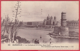 https://www.zlatakorunacz.cz/eshop/products_pictures/marseille-la-catehedrale-et-le-fort-saint-jean-1474214121.jpg